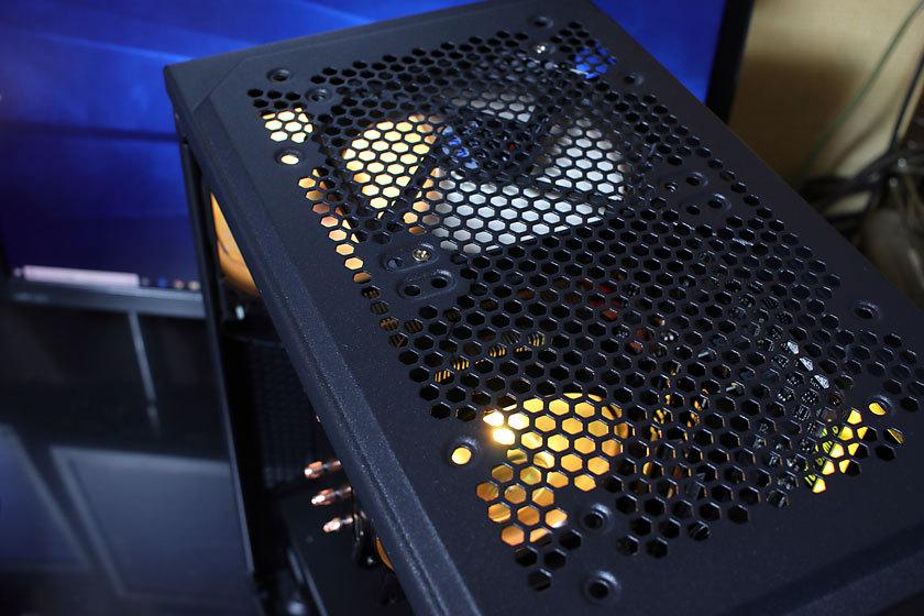 光るパソコン4-2.jpg